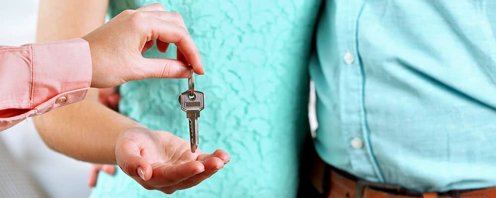 Check Your Credit Before Purchasing a Home Slideshow