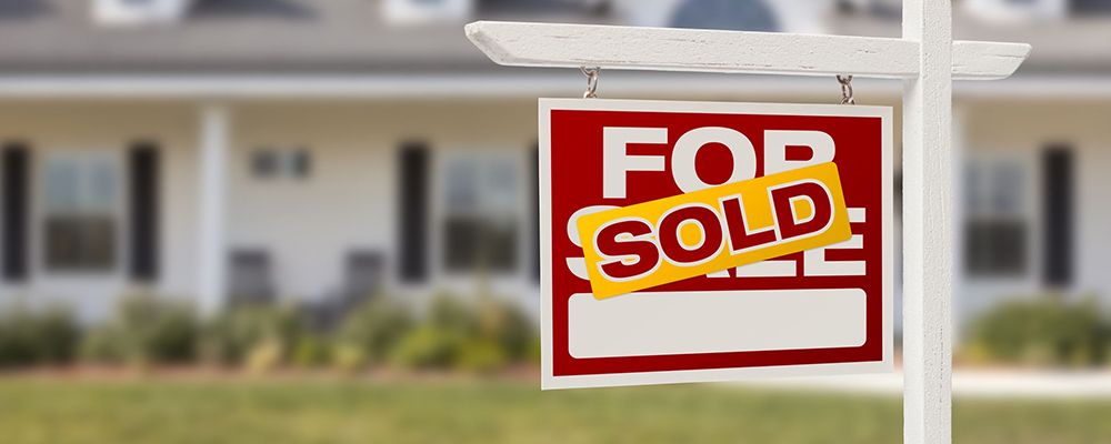 Home sold sign | Home Sales Still Expected to Increase in 2021 Despite Inventory Challenges