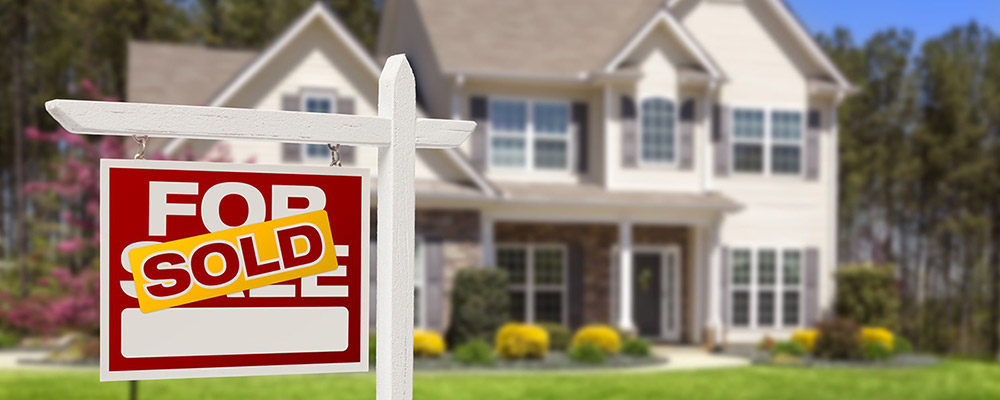 House sold sign | Homes on Market Drops to Another New Low