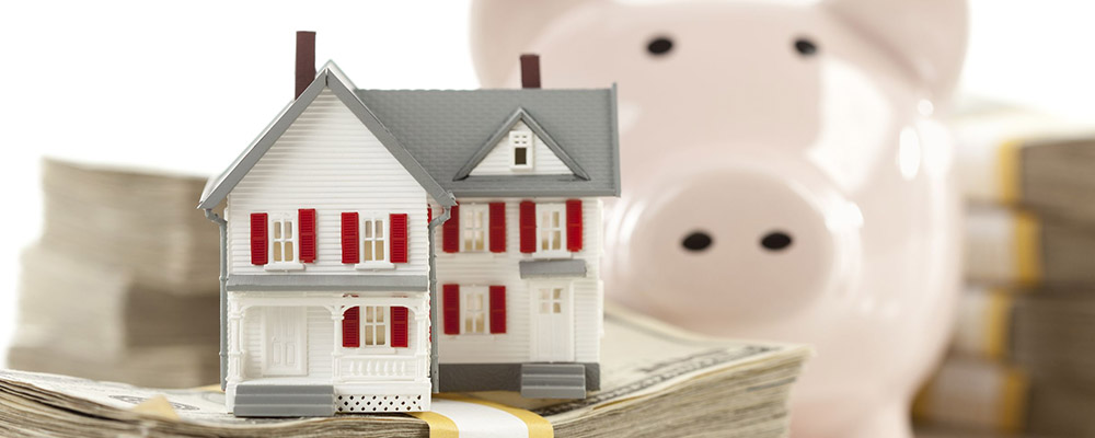 House money piggy bank | Refinancing Drove Mortgage Lending to its Best Quarter in 20 Years