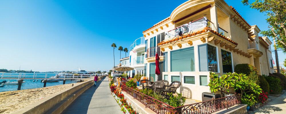 California beach house   California Home Sales Set to Hit Five-Year High